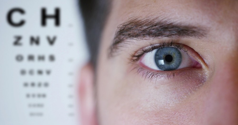 7 Commonly Asked Questions About Laser Eye Surgery