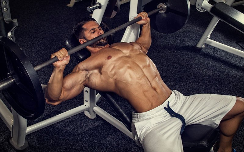 4 Harmful Muscle-Building Myths Uncovered
