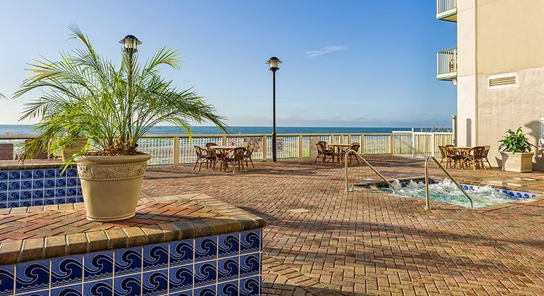 myrtle-beach_owner-events_770x420_pool-2